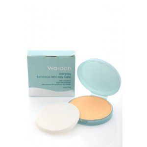 Wardah Refil Evd Lum Two Way Cake ( Light Beige)