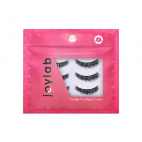 Twinkle Twin Lashes 01